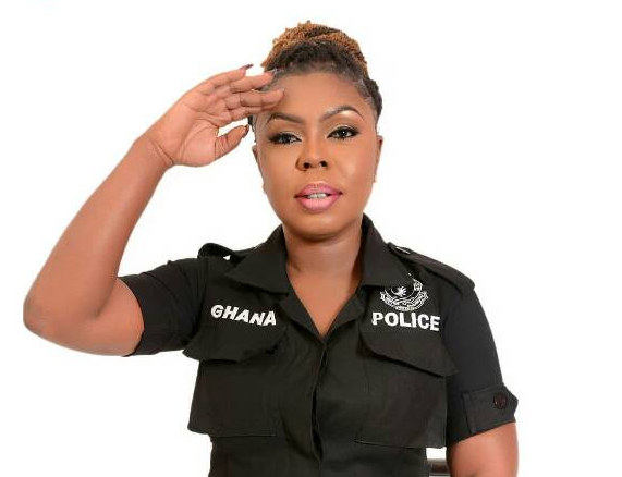 Afia Schwarzenegger in Trouble of Police Uniform Photos