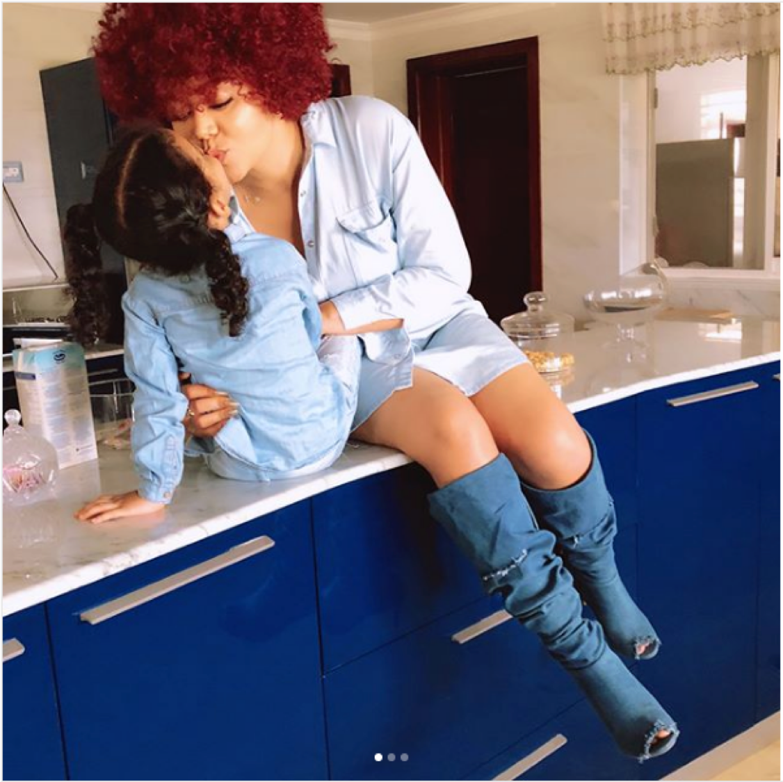 Nadia Buari Look splashily stunning in this photo.