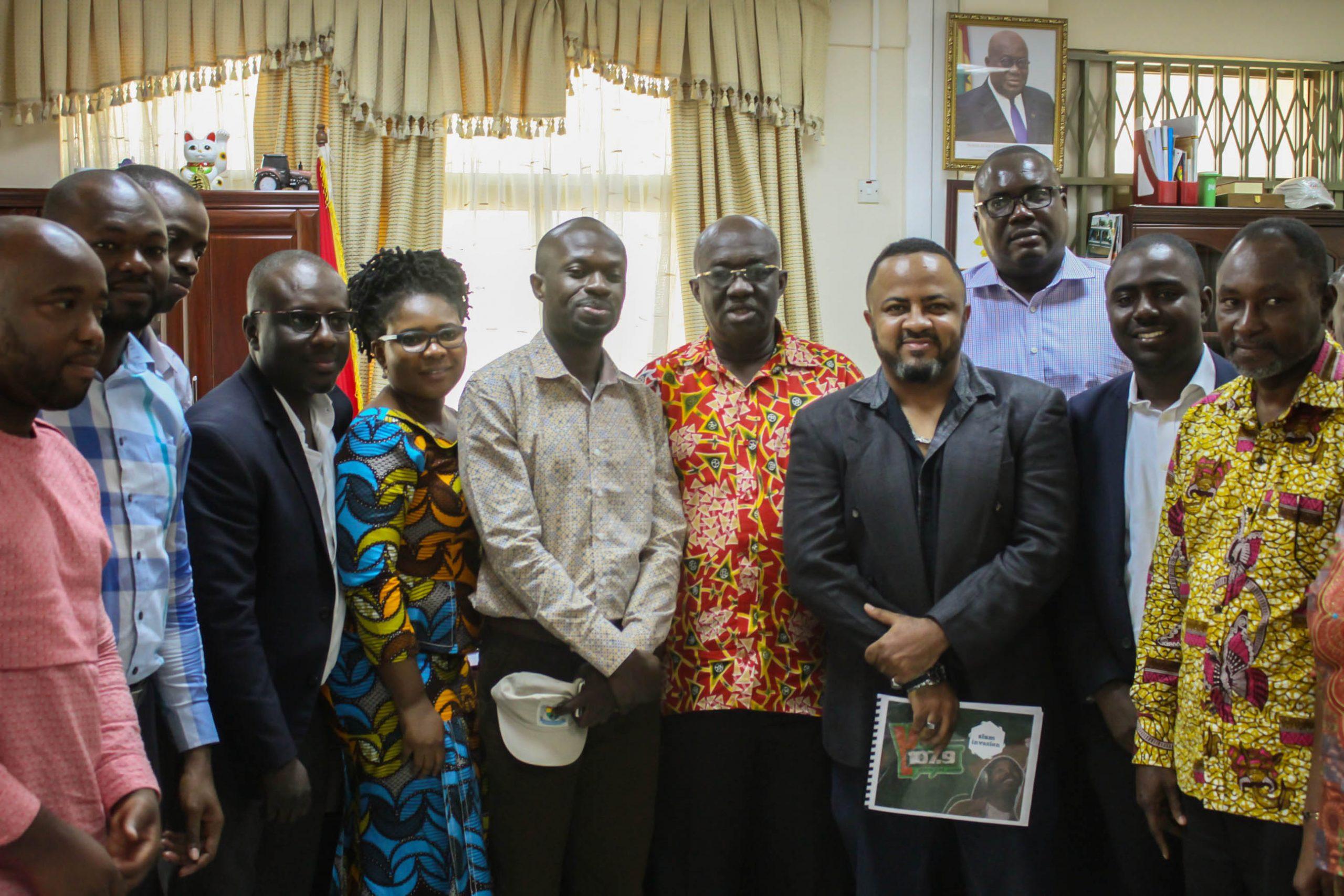 Sanitation Minister endorses YFM's Slum Invasion Campaign