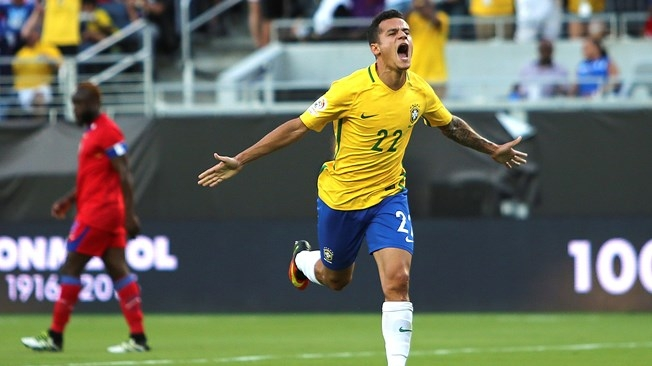 Coutinho shines as Brazil hit top gear
