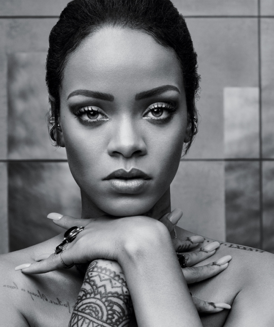 Rihanna wiped a reported $800m off the value of Snapchat after criticizing the company