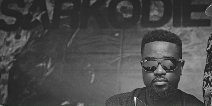 Here's Why Sarkodie Abandoned Sark Wear In His Videos On 'Highest' Album