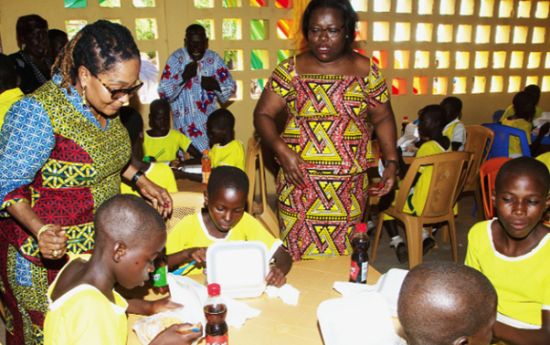 First Lady and Diamond Cement Support  Jakpa RC Primary School