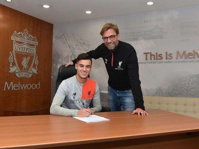 Coutinho pens 'long-term' Liverpool deal