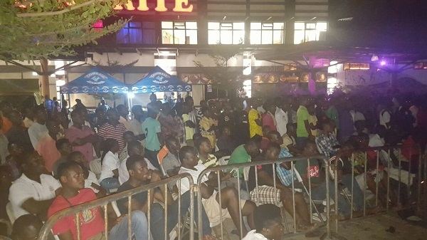Happy FM-Cowbell Excite Hundreds at Junction Mall With AFCON Train