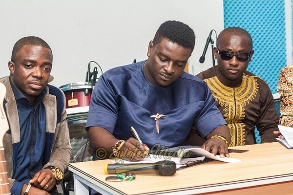 ZYLOFON MEDIA signs its first artiste - KUMI GUITAR