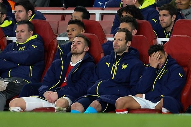 Petr Cech leaps to defence of Alexis Sanchez for laughing on the bench
