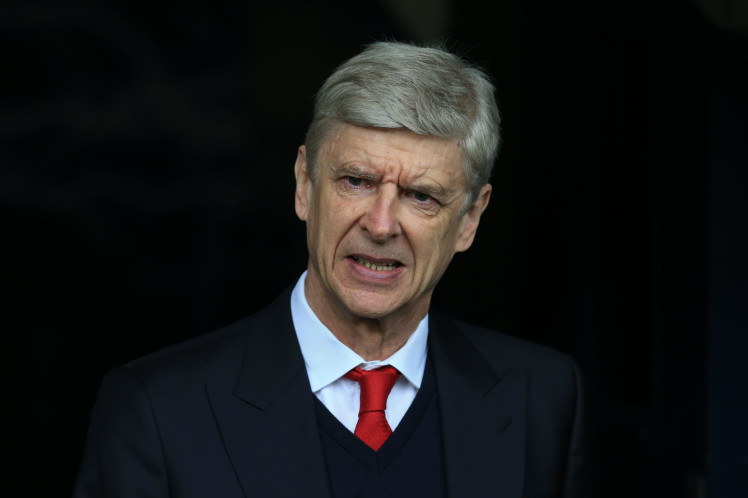 Arsene Wenger reportedly signs new two-year contract with Arsenal