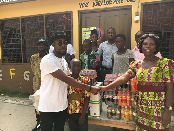 TeePhlow donates to needy school, calls for more support to relocate them