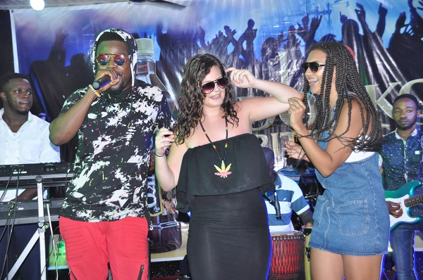 Photos: Nero X thrills patrons at relaunch of Abrantie Spot