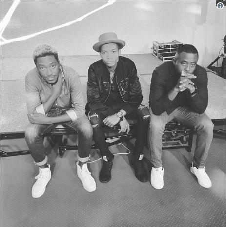 KiDi joining Sarkodie, VVIP, Mr Eazi on Vision DJ's 'Blow Chicken' album?