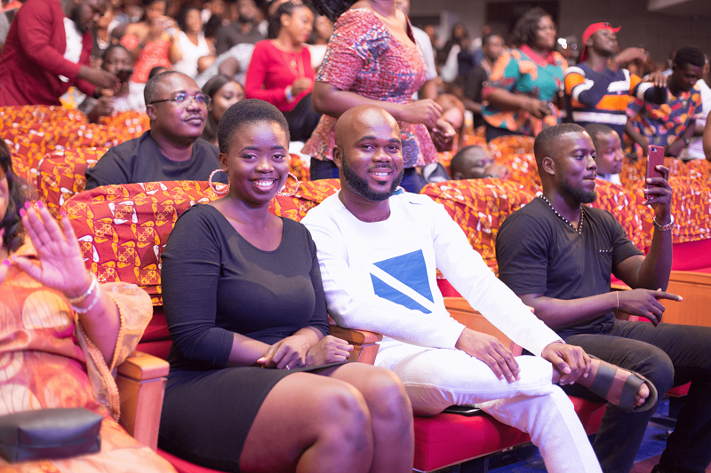 Watch: Man Proposes To Girlfriend During King Promise's Performance At #MMCLive