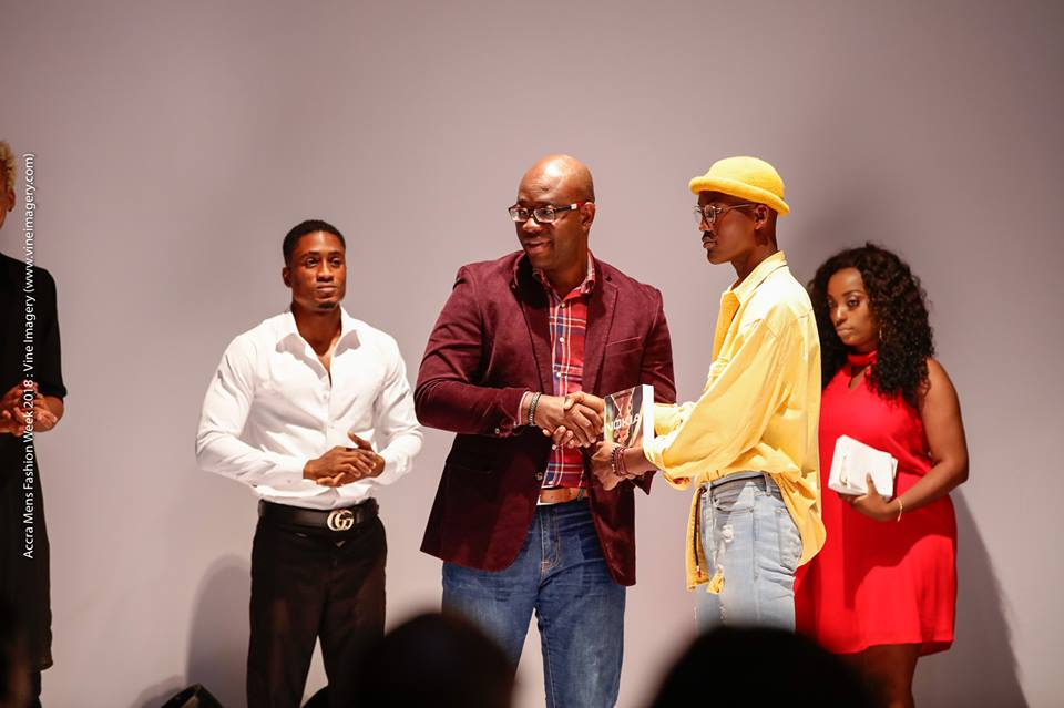 Discovery Model Receives Nokia 7 plus at Accra Men's Fashion Week 2018