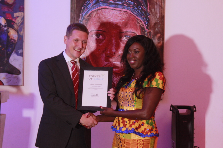 Founder Of Angel Zoe Foundation Receives The Point Of Light Award