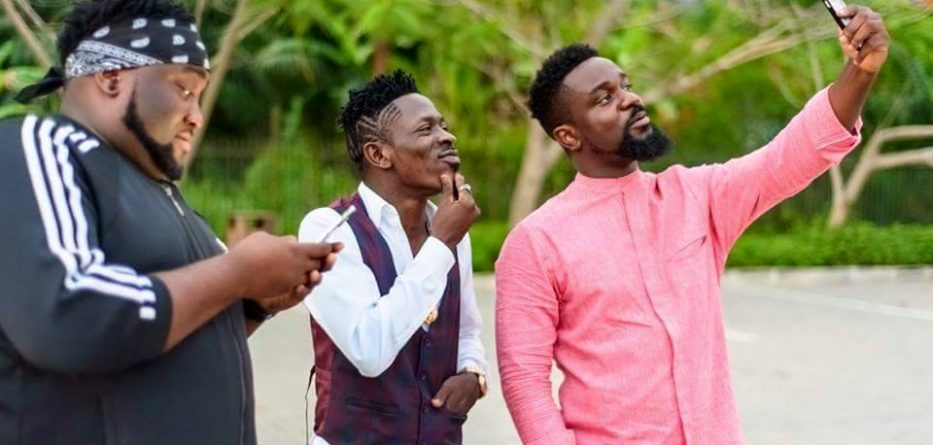 Here's How Medikal, Kwaw Kese, Sonnie Badu reacted to Sarkodie's diss record