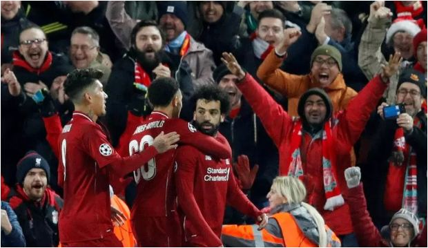 Mo Salah refuses to celebrate Liverpool goal against Napoli.. and fans can't understand why