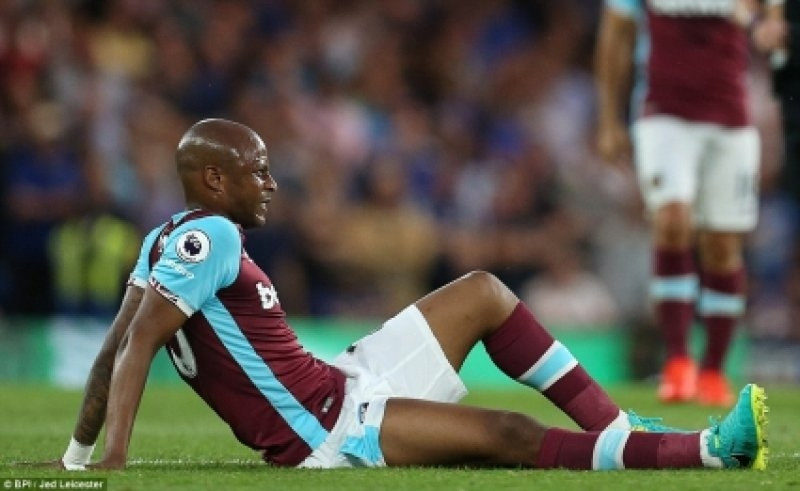 Double Agony for Andre Ayew on West Ham Debut