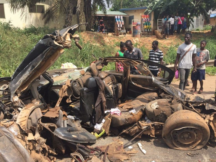 PHOTOS: Scores of People Feared dead in gory Pokuase accident