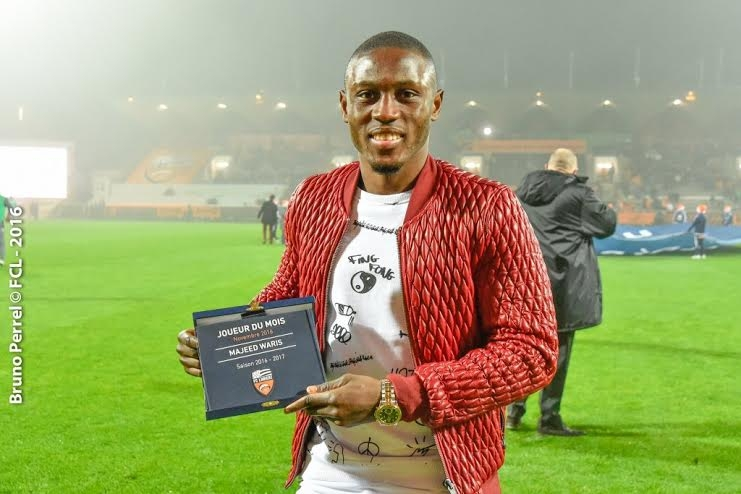 Majeed Waris Receives Player of the Month Award in France