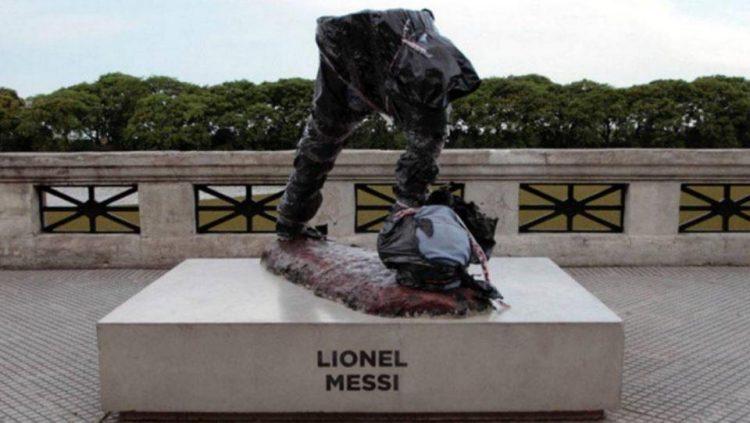 Lionel Messi's Statue broken by brazen vandals in Argentina