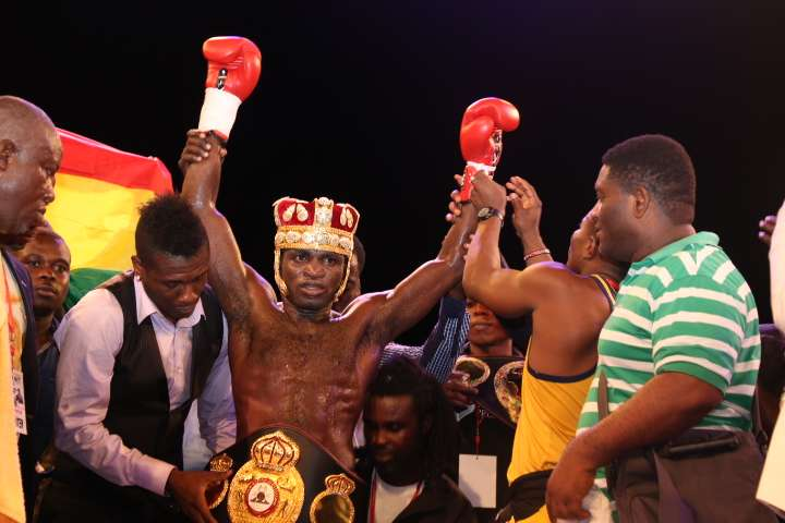 Boxer threatens: I'll beat 'wee smoking' Country Man Songo for insulting us