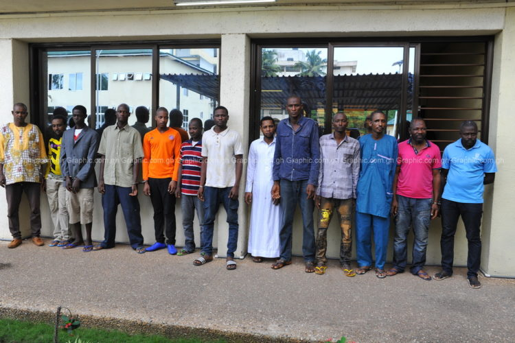 24 Suspected robbers nabbed for allegedly terrorising travellers