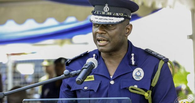 Police will deal with vigilante groups – IGP