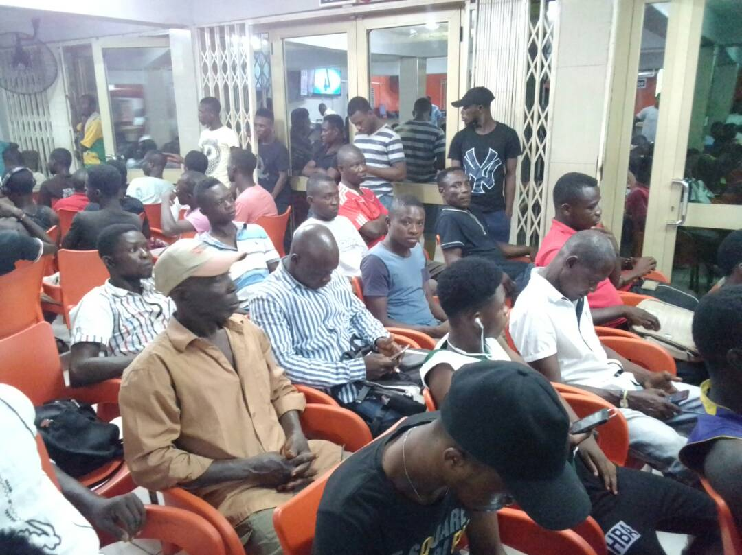 Mammoth Crowd Troop To Teshie Supabets Centre As Sevilla Eliminate Manchester United From UCL