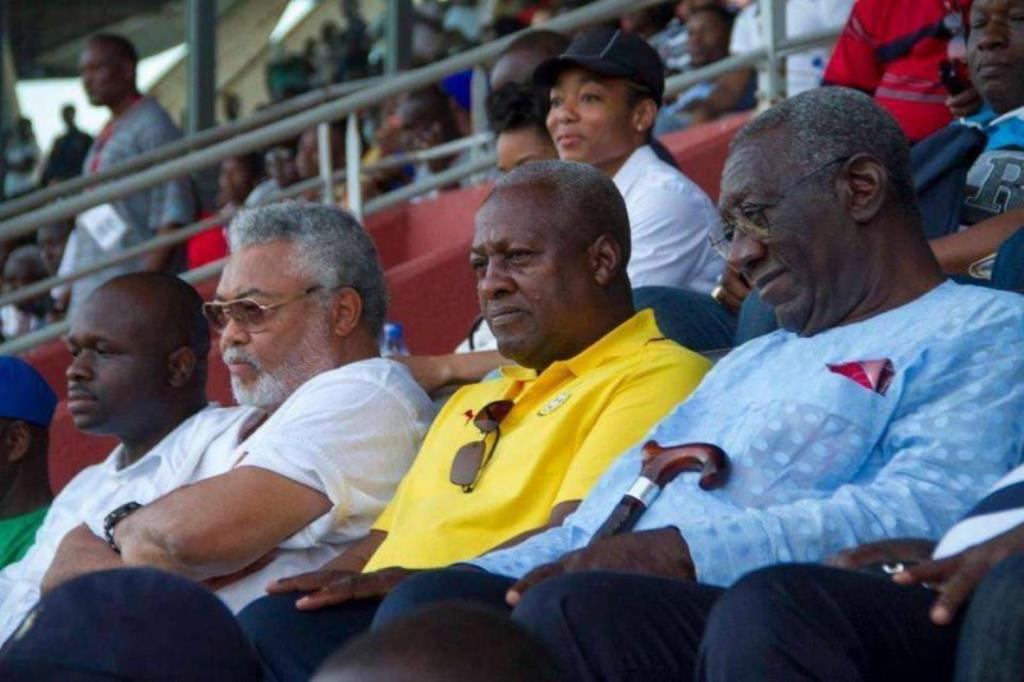 Rawlings apologizes for 'insulting' Kufuor, Mahama