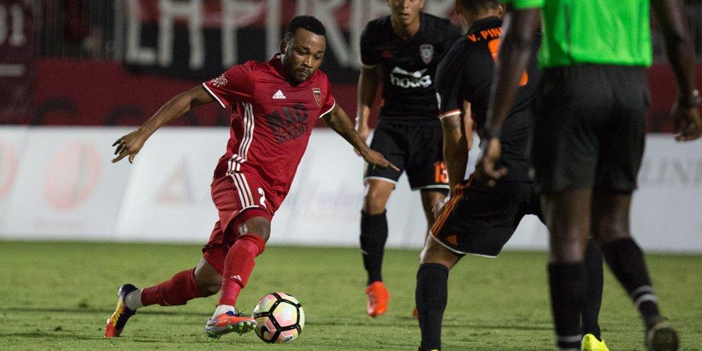 Phoenix Rising midfielder Gladson Awako open to Patrice Carteron reunion at Al Ahly