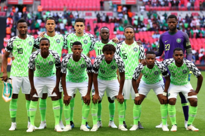 VIDEO: massive turn out as Nigeria hold first training session in Russia