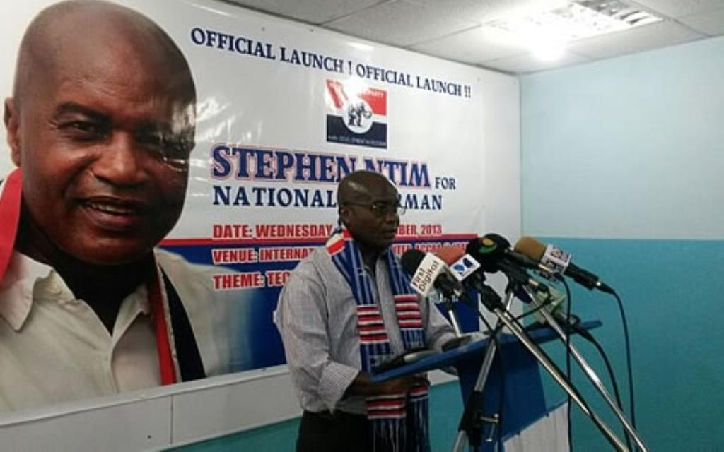 Three regional campaign coordinators of Stephen Ntim resign
