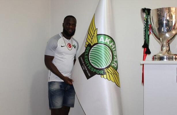 Akhisarspor sign Ghanaian forward Elvis Manu on a three-year contract