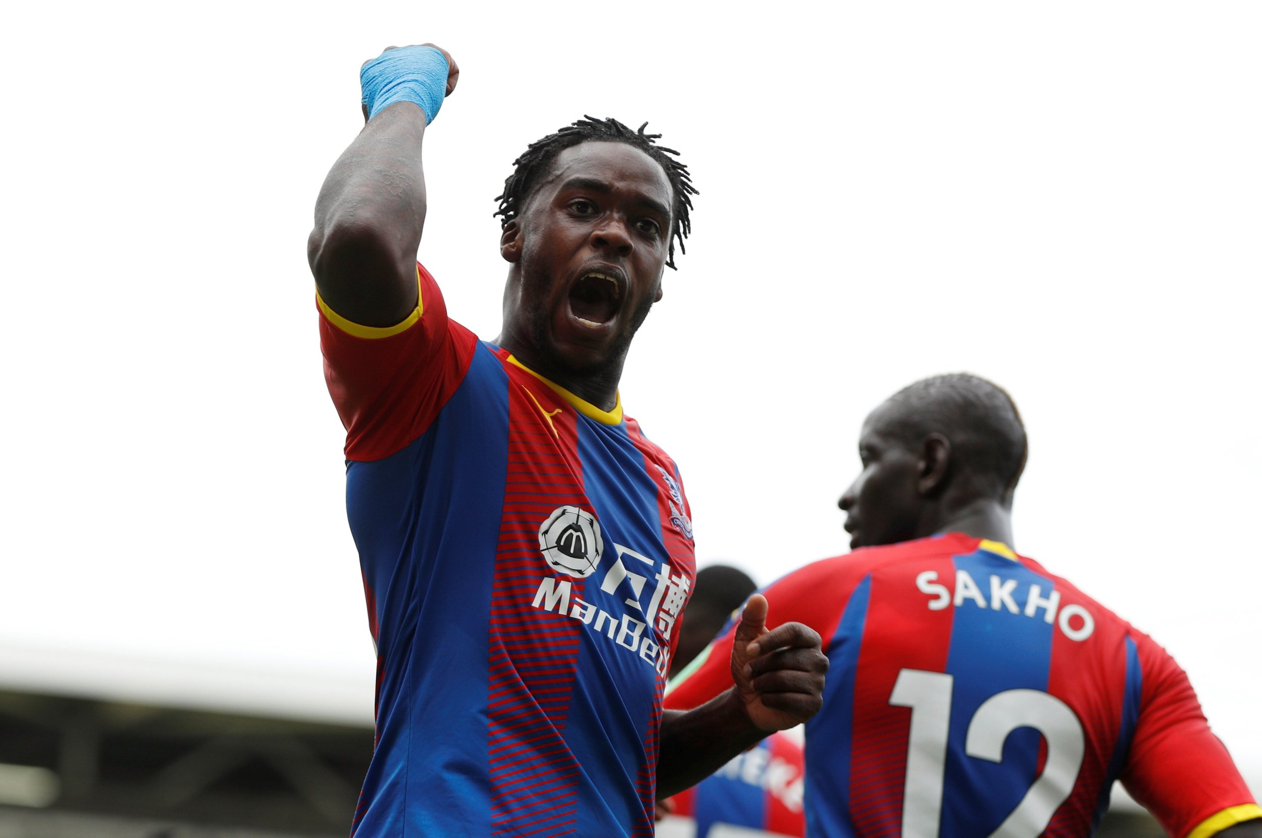Jeffrey Schlupp salutes understanding with Patrick van Aanholt on Crystal Palace's left flank