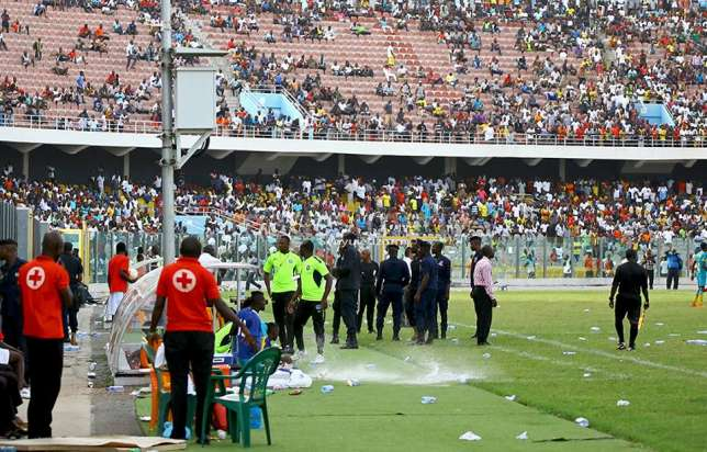 VIDEO: Watch the incident that prompted coarse reaction from Hearts of Oak fans in Kumasi