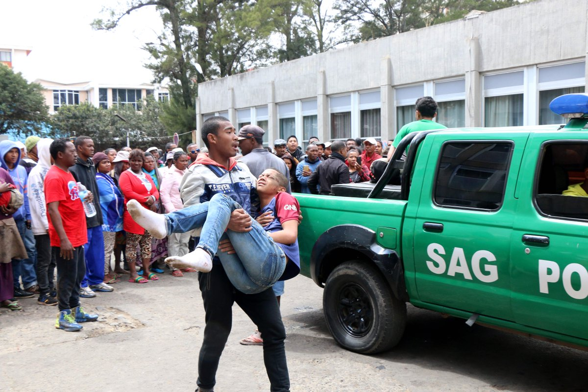 TRAGEDY: Crowd stampede kills one and injures 40 in Madagascar