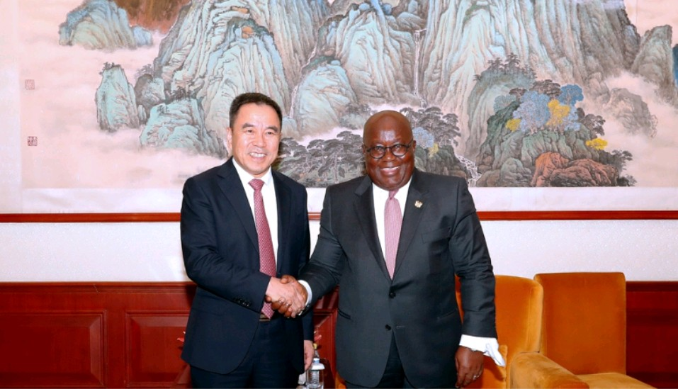 Akufo-Addo meets the President of StarTimes Group during FOCAC Summit
