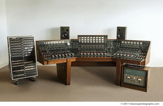 abbey road recording console for sale 100 3 the q. Black Bedroom Furniture Sets. Home Design Ideas
