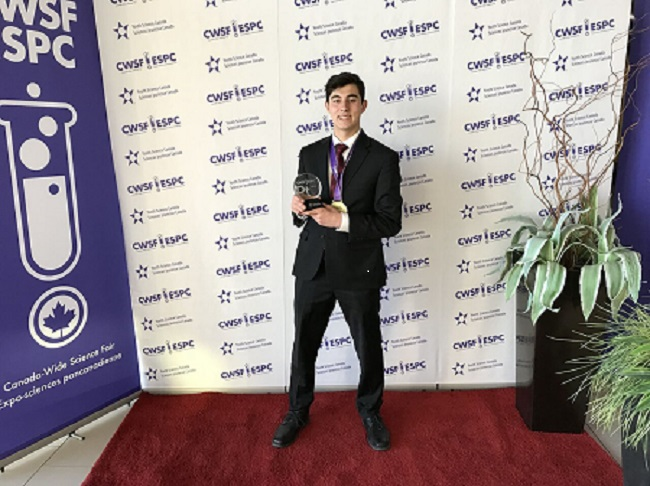 Claremont student wins top prize at Canada Wide Science Fair