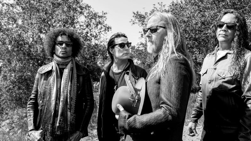 """New Alice In Chains Song """"So Far Under""""."""