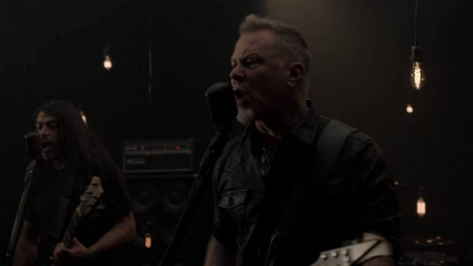 [WATCH] New Metallica video for 'Moth Into Flame'