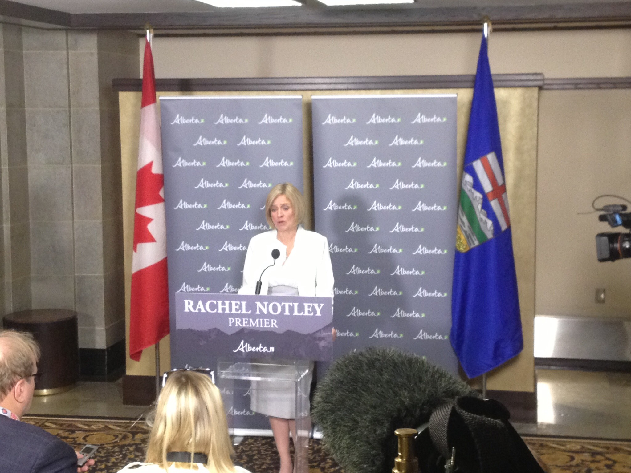 Premier Notley not backing down on Trans Mountain Pipeline dispute
