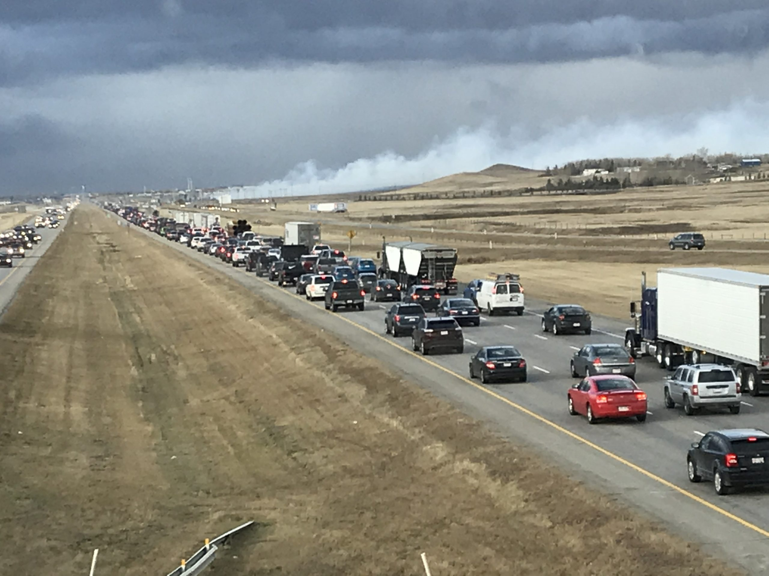 Fire near Airdrie forces evacuation