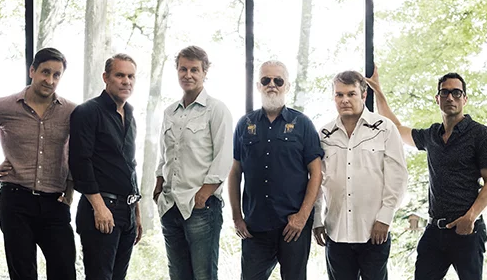 Blue Rodeo and Colin James – Giant FM Has Your Chance