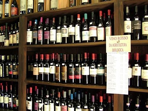 US Complaints Against BC Wine Sales