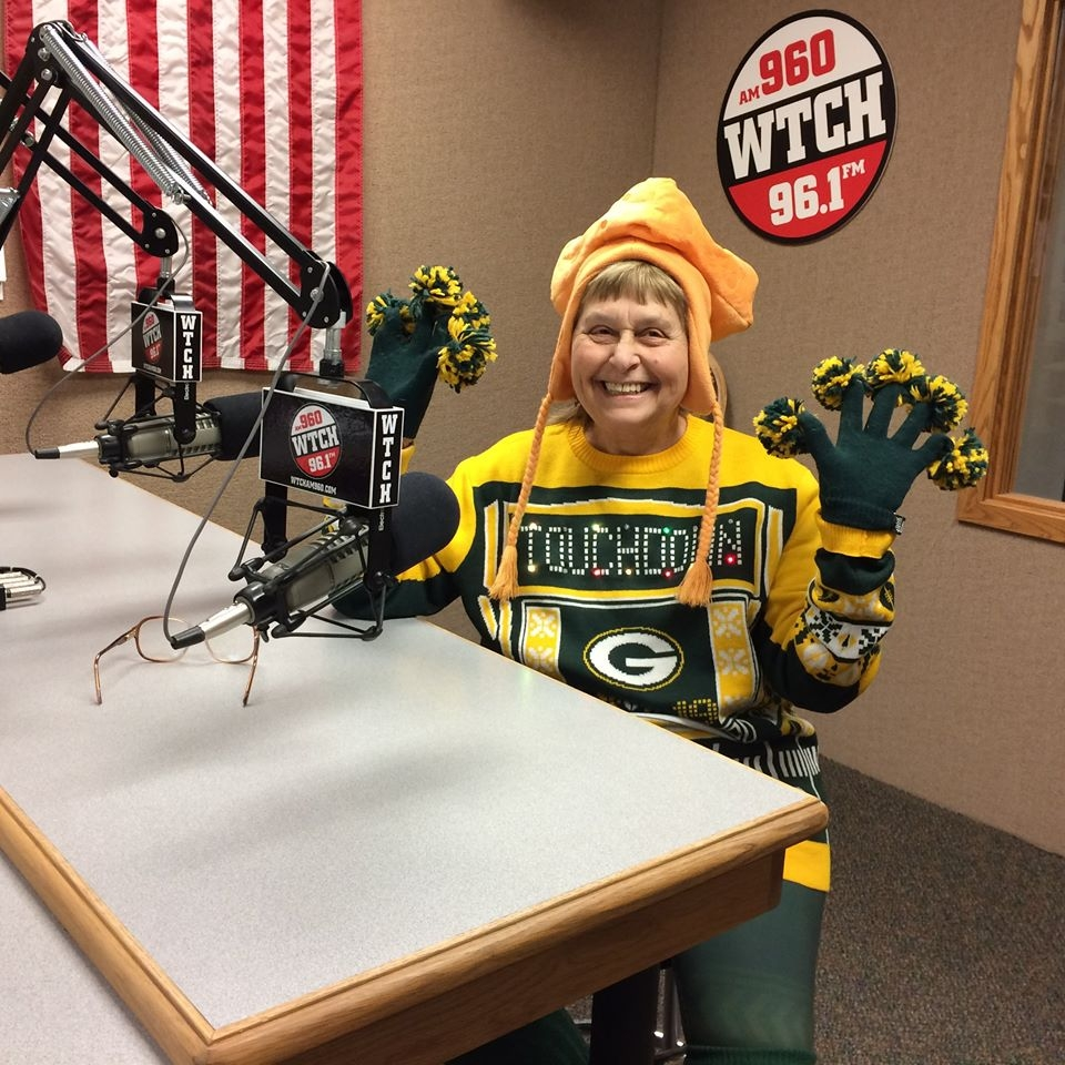 Clintonville Woman Vies For Prestigious Packers Fan Hall of Fame