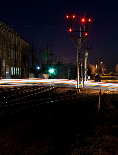 Green Bay Man Struck By Train in Suamico Dies From Injuries