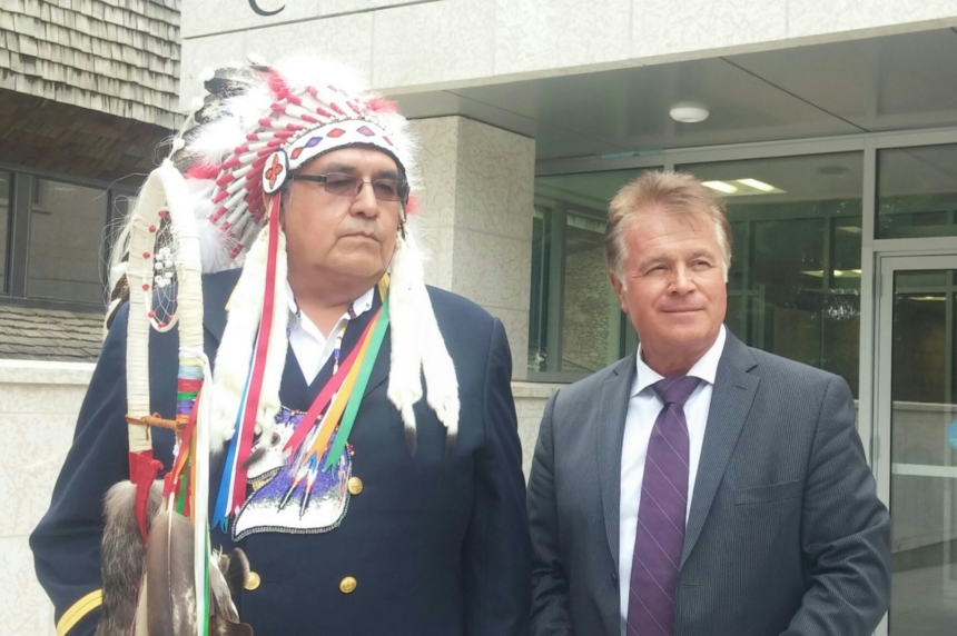 Federal government in court to force 5 First Nations to disclose finances