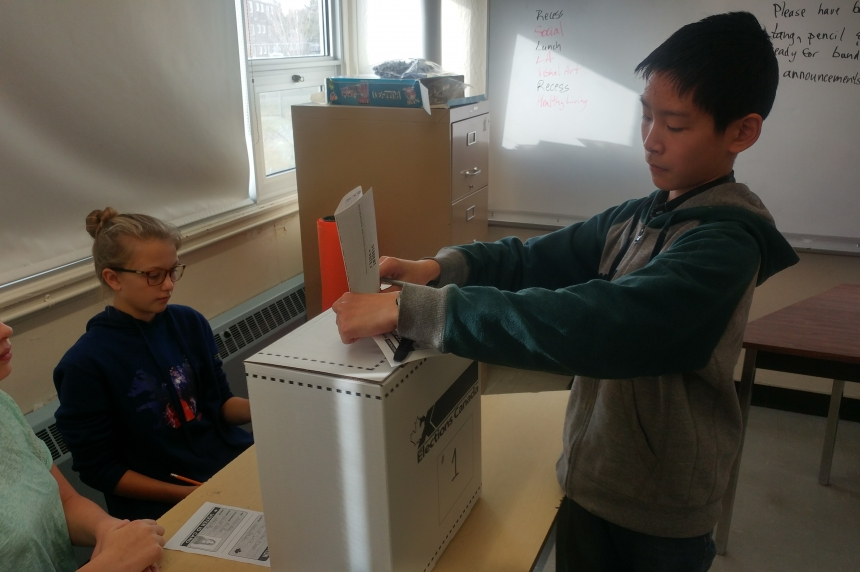 Thousands of students cast mock ballots for Sask. municipal elections