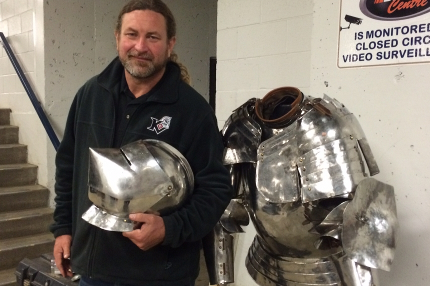 VIDEO: Armour and lances, athletes joust at Agribition